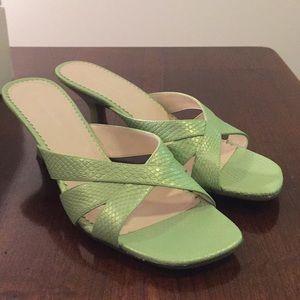 Naturalizer Sonya green snake heel